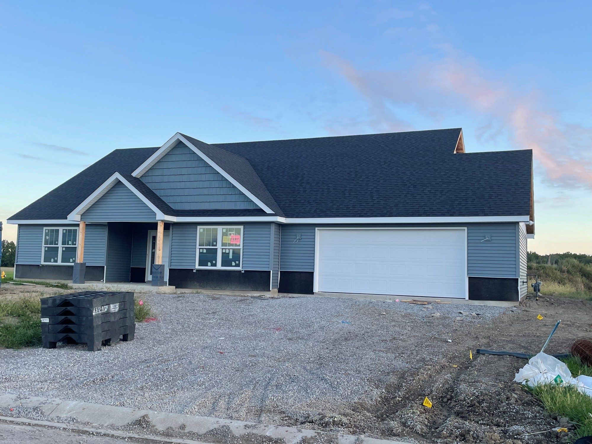 886 Hickory Court, Decatur, Indiana